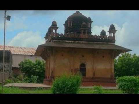 Tomb of Bahu Sahiba