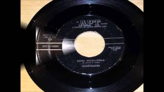 CLICK-CLACKS - PRETTY LITTLE PEARLY / ROMA ROCKA-ROLLA - APT 25010 - 1958