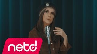 Ayşegül Aldinç feat. Yüksek Sadakat - Aşk Gelince
