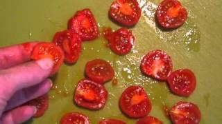 видео Как приготовить мясной террин с помидорами и сыром
