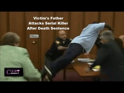 Victim's Father Jumps Serial Killer Michael Madison in Court 06/02/16