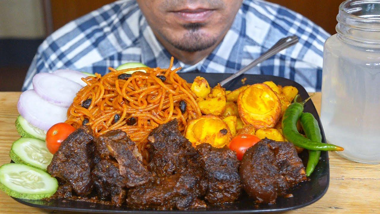 ASMR : Eating Dark Mutton Gravy & Schezwan Noodles, Potato Egg Fry, Onion, Chili, Salad - Mukbang