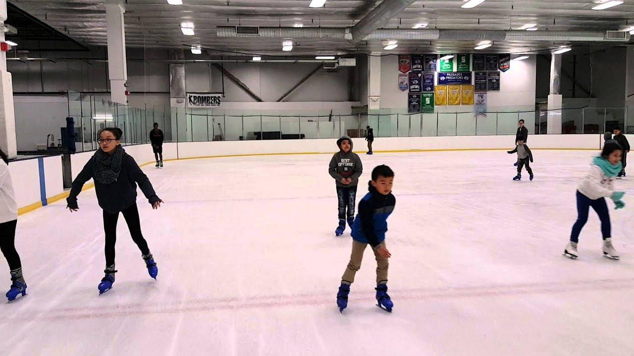 Kids learning Ice Skating - YouTube