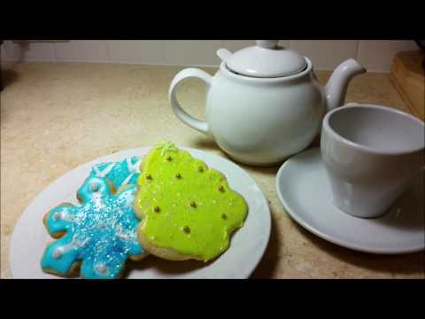Christmas Cut Out Sugar Cookies (Classic Sugar Cookie Recipe)