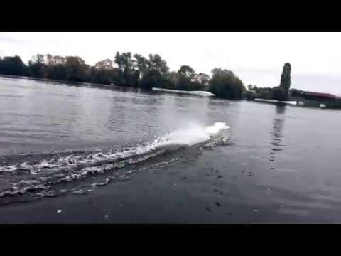 1. Testfahrt Volkers Umbau Kehrer Polis auf Hydroantrieb mit Robbe Roxxy-Motoren