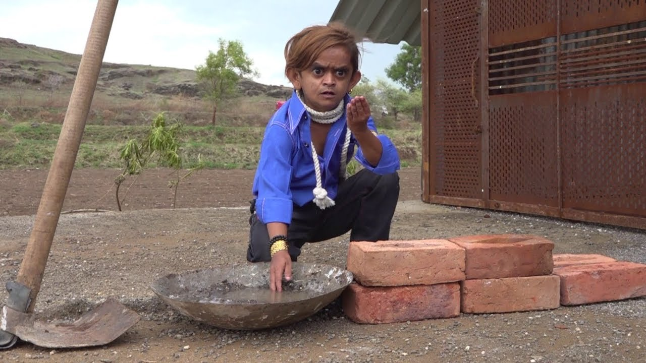 छोटू मज़दूर   CHOTU MAZDOOR   Khandesh Hindi Comedy Video   Chotu Dada Comedy