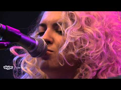 Tori Kelly - Unbreakable Smile (LIVE 95.5)