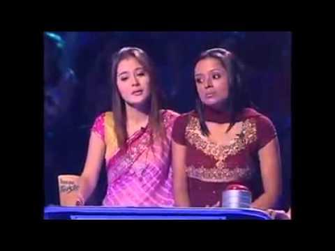 Sadnaa dhe Ragni duke kenduar kengen e Bidait