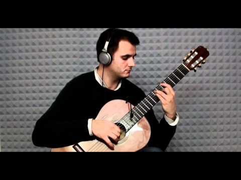 Prelude from Bach´s Cello Suite No. 1 on classical guitar