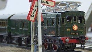 Blecheisenbahn Märklin in Spur 0 bei Ars Tecnica Modellbahn