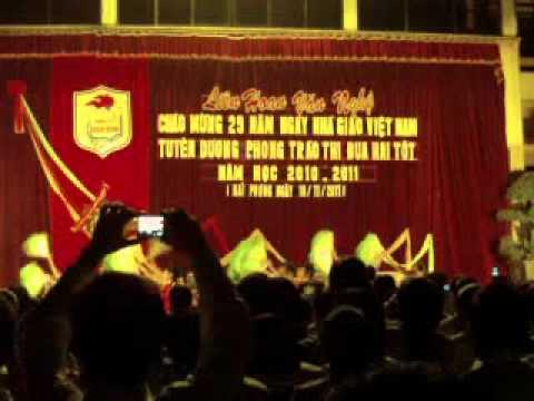 Gala van nghe - THPT Bach Dang 20-11-2011