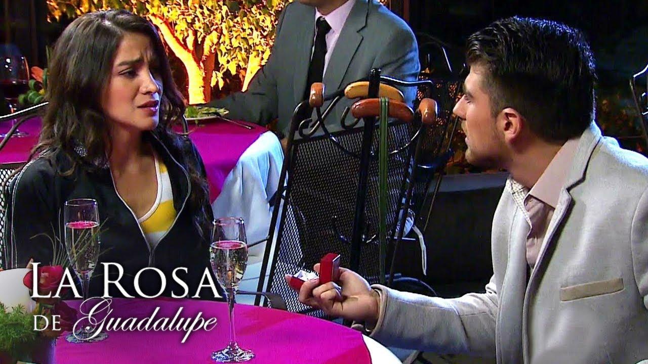 La Rosa de Guadalupe | Suspiramos por la misma luna - YouTube