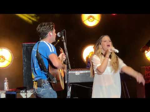 Niall Horan & Maren Morris - Seeing Blind Live - Mountain View, CA - 8/4/18