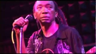 Ndave Kuenda - Thomas Mapfumo and the Blacks Unlimited