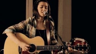 One Direction - Live While We're Young (Hannah Trigwell acoustic cover)