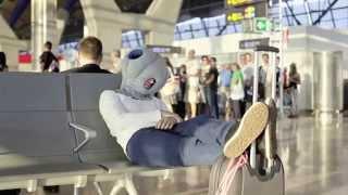 Обзор подушки Ostrich Pillow - это подушка страус для сна где прийдется