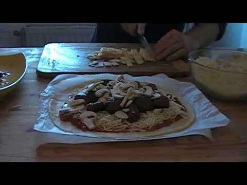 pizza-kefta-merguez-et-fromage