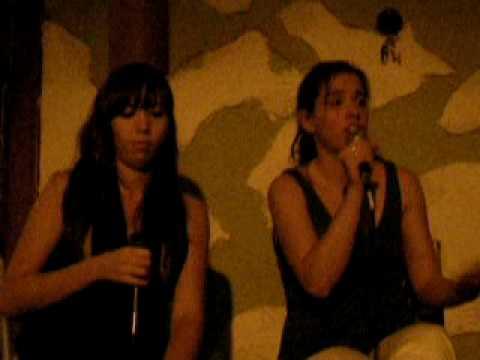 Maca Pedrosa & Anahi Core - Jazz group Cafe
