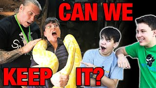 MY MOM IS SCARED OF SNAKES! HELP ME BRIAN!