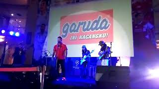 """Download lagu Hampa """" cover ari lasso"""" nobar bola @ epicentrum"""