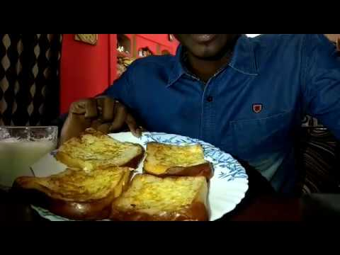 ASMR-Chow army fan||french bread toast with milk||no talking||eating sound||indian food mukbang||