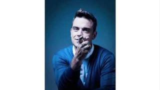Watch Robbie Williams Arizona video