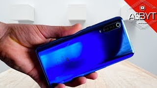 Xiaomi Mi 9 UNBOXING & First REVIEW! (English)