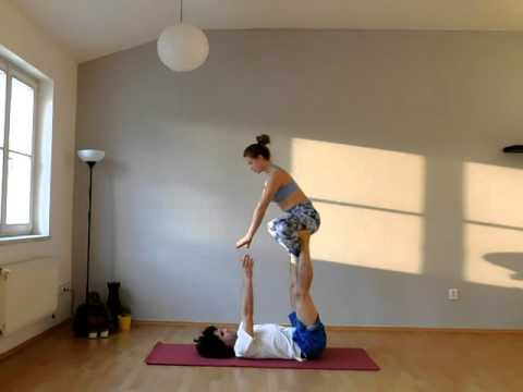 AcroYoga: Beginner Flow