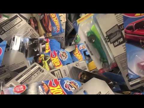 Toy Hunt - Hot Wheels Hawaii Editions in Walmart Dump Bin