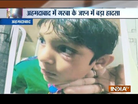 Ahmedabad: 4-yr-old kid injured as Radio Jockeys throw CDs in garba crowd