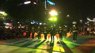 Võ cổ truyền Việt Nam biểu diễn mừng sinh nhật Bác Hồ tại phố đi bộ Nguyễn Huệ