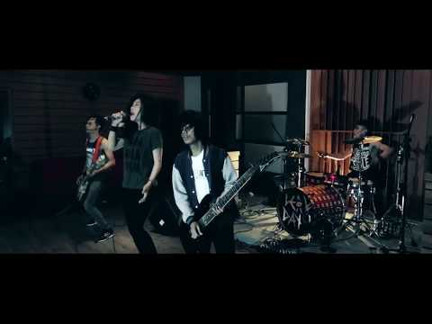 Jaran Goyang ROCK Version   Cover by  Shella Ikhfa