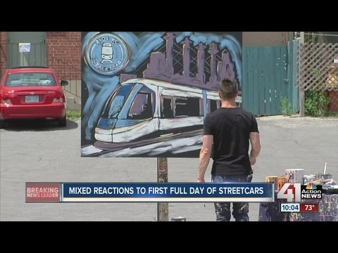 Mixed reactions to first full day of streetcars