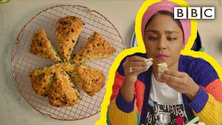 How to make fruity Soda Bread and homemade butter! - Nadiya's Time to Eat - BBC