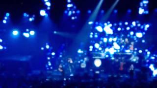 Cheek - Syypää Sun Hymyyn ft. Yasmine Yamajako @ Helsingin Jäähalli 22.9.2013