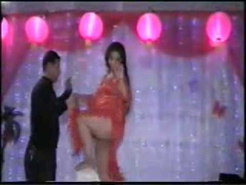 Большая Попа Арабской танцовщицы