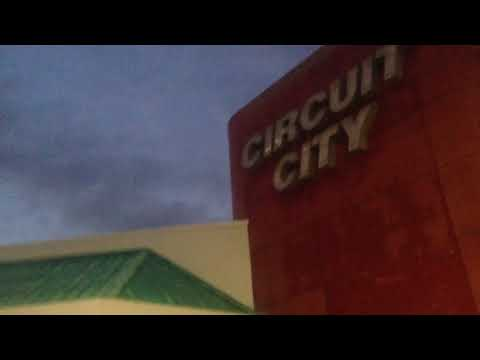 A quick video of an Abandoned Circuit City!