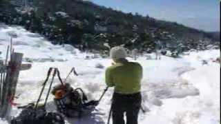 高見石小屋でのんびり泊まって北八ヶ岳スノーシュートレッキング Stay in Takamiishi hut; and Kita-yatsugatake snowshoe trekking.