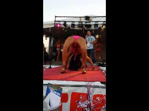 2013 Hooter's Bikini Contest(22)