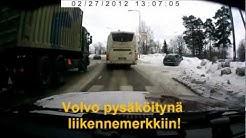 Pysäköinti liikennemerkkiin