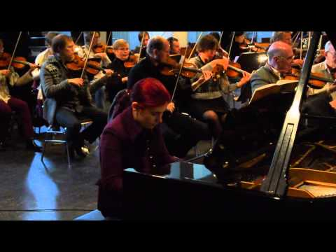 Cassandra Wyss - Rachmaninov Klavierkonzert Nr. 2 - Berliner Philharmonie