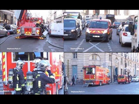 POMPIERS DE PARIS  Incendie Rue St Honoré Paris .