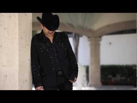 Julion Alvarez- Dame Un Beso Y Dime Adios (Mexico Suena 2012)
