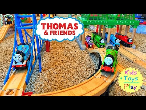 Thomas and Friends Wooden Playtime Biggest Thomas Train Track Layout! | Playing with Trains
