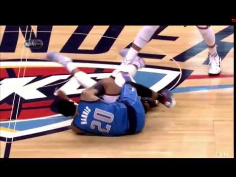 Russel Westbrook VS Devin Harris Fight