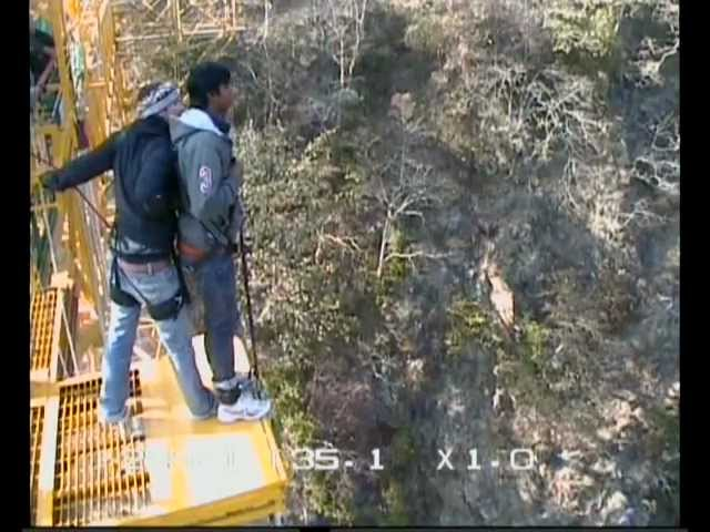 Pawan enjoying fixed platform 83 Meter Bungy Jump in Rishikesh Travel Video