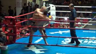 Tonis from Estonia fights in Patong Stadium:  22 July 2013