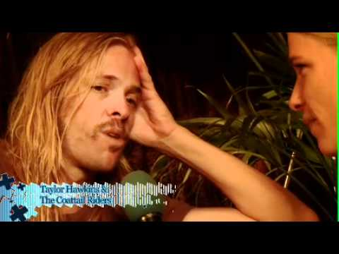Taylor Hawkins interview Rock Werchter 2010 - YouTube
