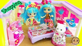 Shoppies Shopping At Calico Critters Boutique + Shopkins Mall Fashions with Surprise Blind Bags thumbnail