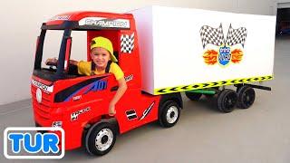 Nikita yolculuk üzerinde oyuncak kamyon oyun teslimat hizmet